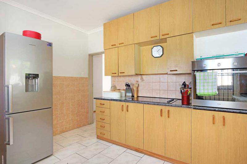 Property For Sale in Kirstenhof, Cape Town 6