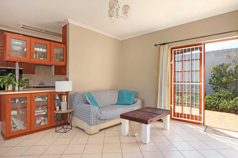 Property For Sale in Kirstenhof, Cape Town 18