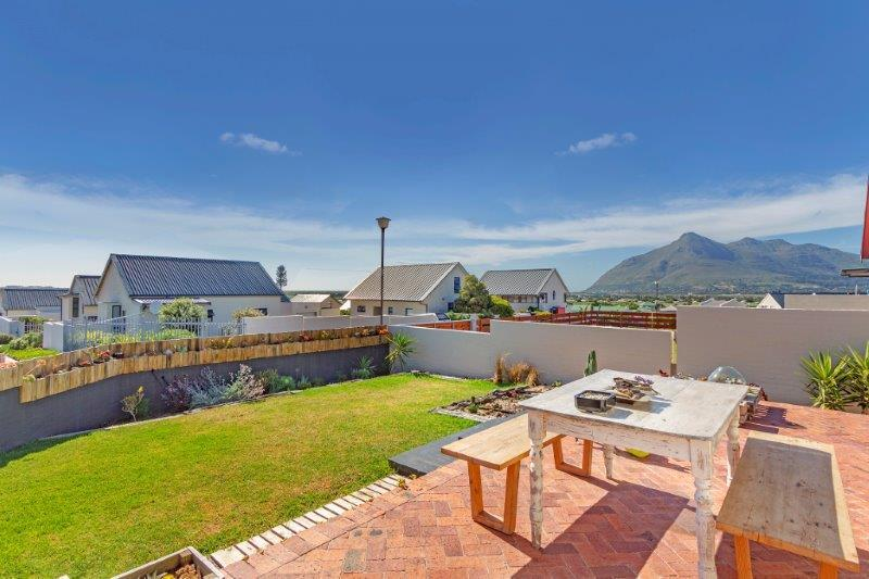 Property For Sale in Milkwood Park, Cape Town 21