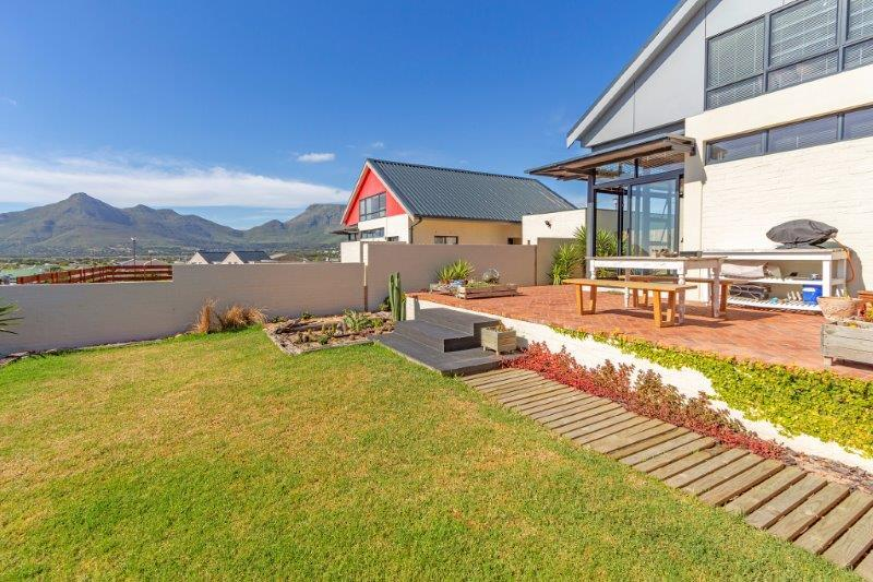 Property For Sale in Milkwood Park, Cape Town 22